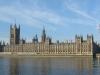 <A brit parlament>